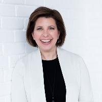 Lisa LaVecchia, Présidente-directrice générale