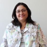 Vincenza Ronaldi, Vice-présidente, Services généraux et opérations