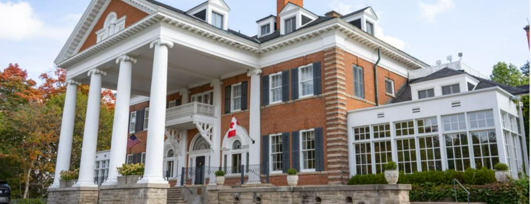 Langdon Hall facade, tall white pillars that shows the majestic entrance