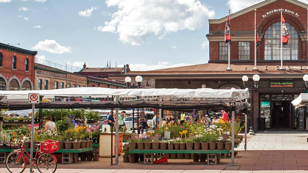 View of market stalls and the front of the ByWard Market buildings
